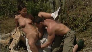 Przyjemny seks podczas niedzielnego spaceru