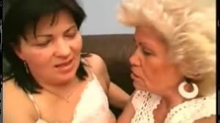 Bardzo owłosione i napalone babcie