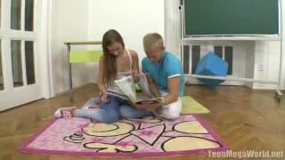 Eksperyment seksualny dwojga uczniów