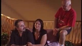 Mąż lubi patrzyć jak jego żona jest ruchana