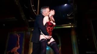 Samantha Bentley musiała przerwać striptiz