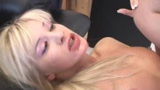 Natali Di Angelo podnieca starszy mężczyzna