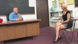Lexi Belle ma swojego ulubionego nauczyciela