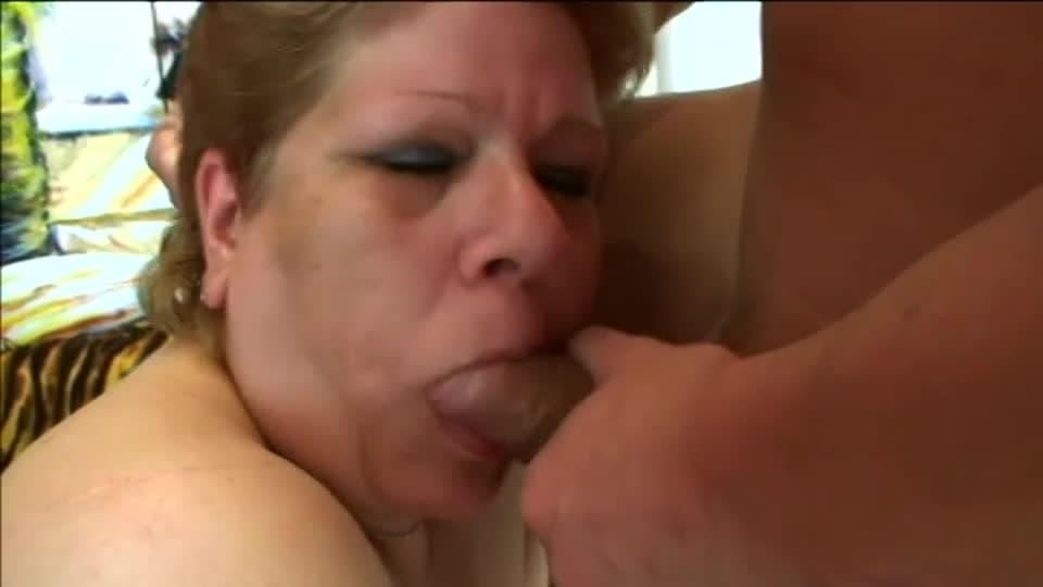 Grube białe mamuśki porno