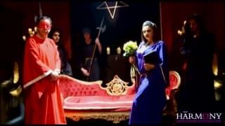 Podniecające Adrianna i Claudia w trójkącie