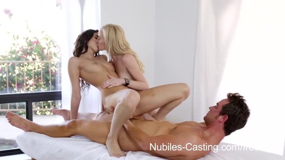 jednolite nastolatek porno analny z dużym kutasem
