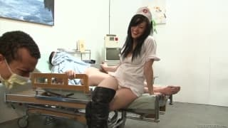 Vanessa Naughty-seksowna pielęgniarka