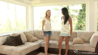 Michelle Honeywell,Tanner Mayes-lesbijki
