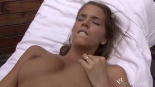 Silvie Deluxe-masturbacja z fistingiem