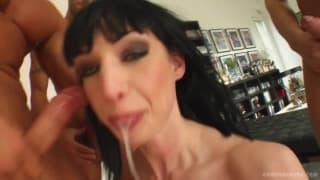 Wendy ma wielkie doświadczenie w bukkake