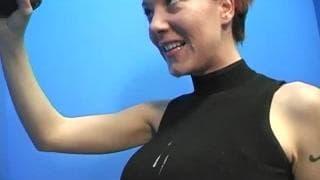 Alisha Angel cieszy się na widok czarnej pały