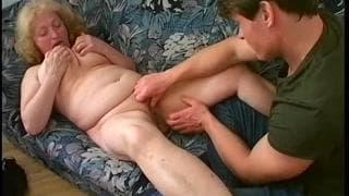 Stara kurwa,Daniela,ma właśnie ochotę nas seks