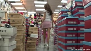 Jenna Haze ma małe i seksowne stópki