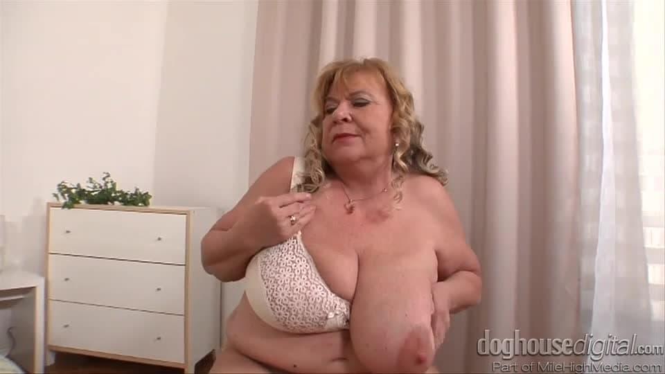 Wielkie cycki lesbijki sex fotki