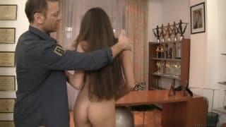 Nessa A pierwy raz zalicza seks analny