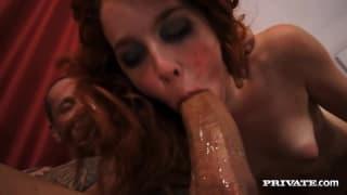 Amarna Miller to ruda diablica chętna na seks