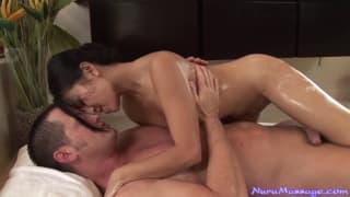 Jackie Lin -najlepsza seksi masażystka