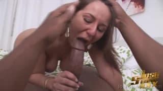 Lexxxi Lockhart - seksowna brunetka