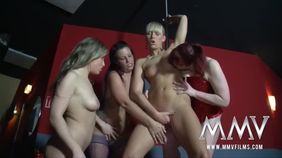 mamuśki lesbijki orgie