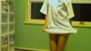 Nastolatka pokaże ciało przed kamerą