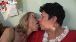 Marga i Gundi Moll wyliżą sobie pizdy