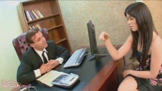 Ashlyn Rae -seksi sekretarka u Claudio