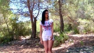 Samia Duarte kocha się rżnąć na dworze