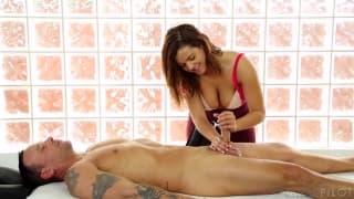 Świetna masażystka kutasa Keisha Grey