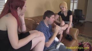 Lily i Morgan zwalą mu kutasa stopami!