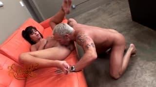 Jenna Moretti kręci ostry seks