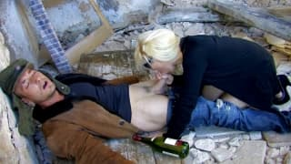 Alexa Diamond wyjebana w opuszczonym budynku