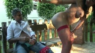 Jo Garcia - seksowna trans obciąga!