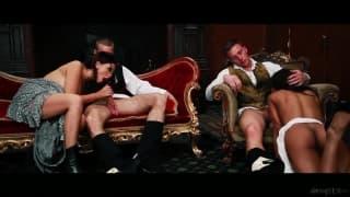 Świetna scena - mocny seks grupowy!