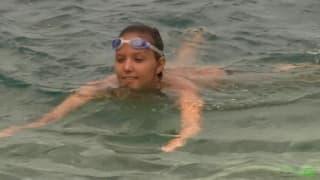 Katya Clove lubi być naga na plaży!
