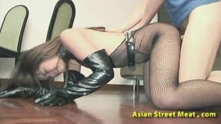 Zgrabna Azjatka kocha seks przyjemności