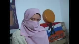 Rubi, młoda napalona tunezyjska dziwka