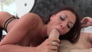 Rachel Starr umie zadowolić Manuela!