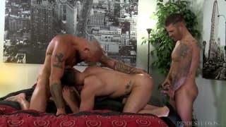 Sean, Fernando i Caleb - sodomia w trio