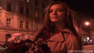 Blondynka z Czech zerżnięta na dworze