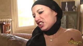 Seksowna Arabka i ostre jebanie we dwóch
