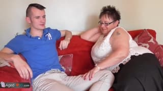 Sam Bourne pierdoli grubą starą kobietę
