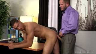 Valentin Petrov i Patrick Ridge - seks